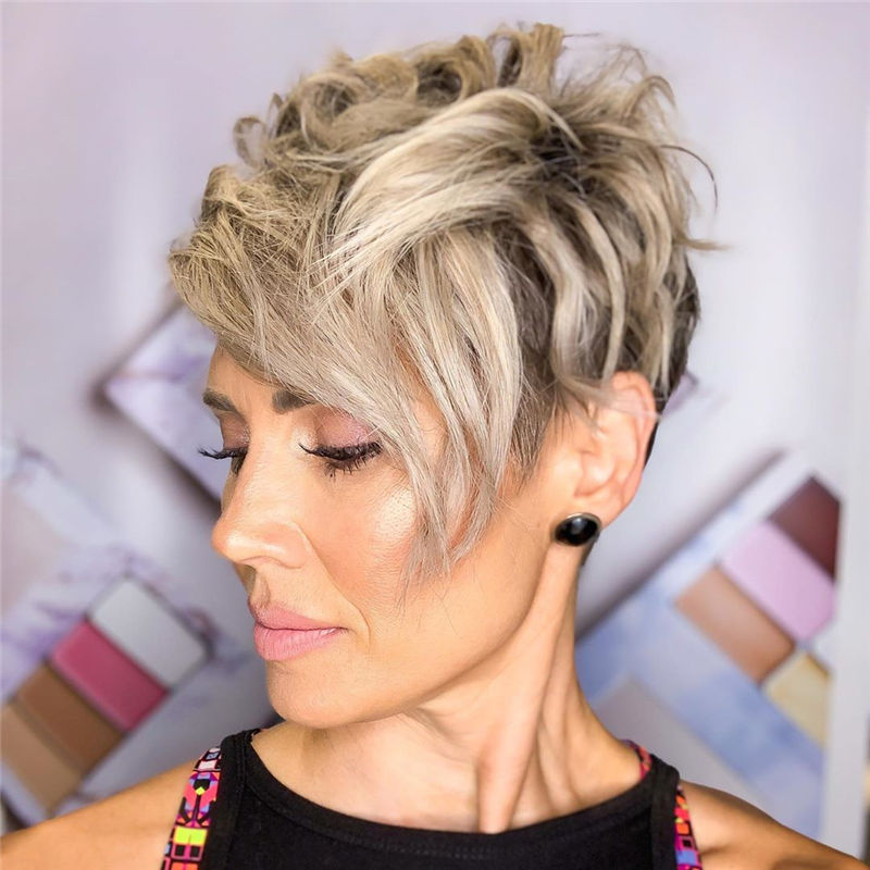 Amazing Curly Pixie Cut Ideas to Transform Your Style 20