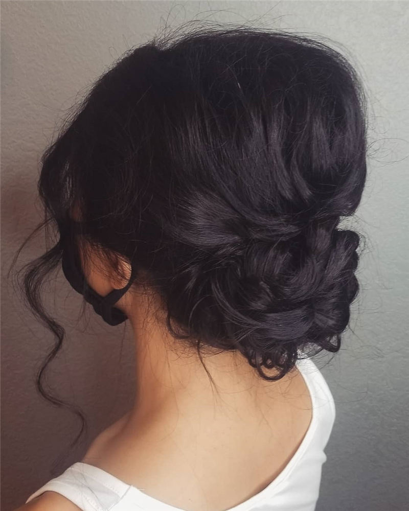 New Wedding Updo Ideas for Your Trendy Looks 18