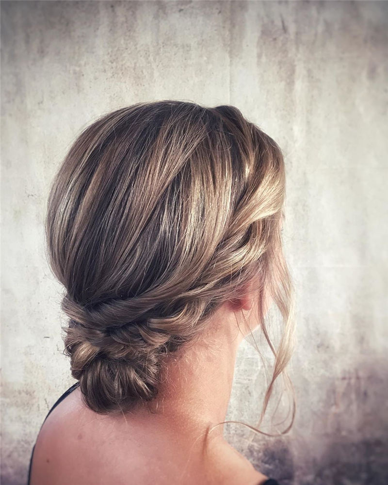 New Wedding Updo Ideas for Your Trendy Looks 26