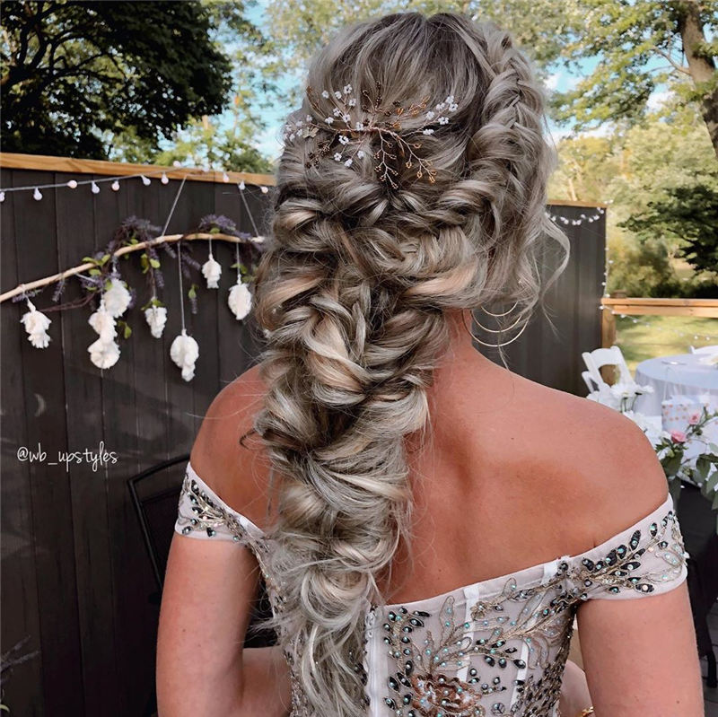New Wedding Updo Ideas for Your Trendy Looks 28