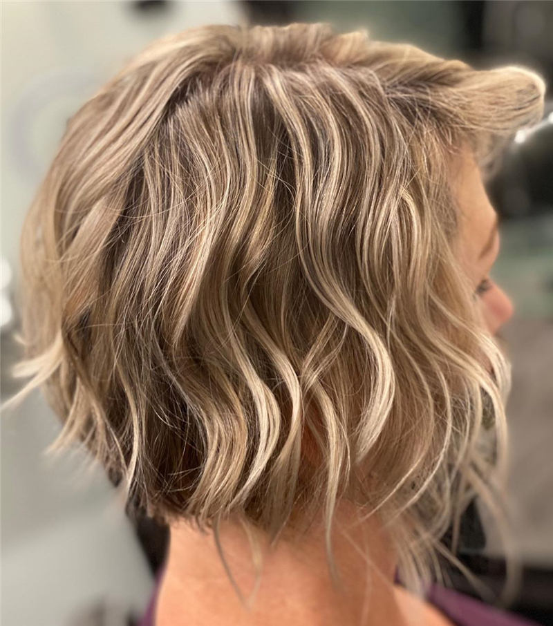 Stunning Short Haircuts for Women This Year 05