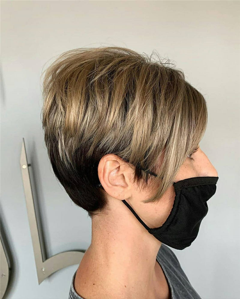 Stunning Short Haircuts for Women This Year 16