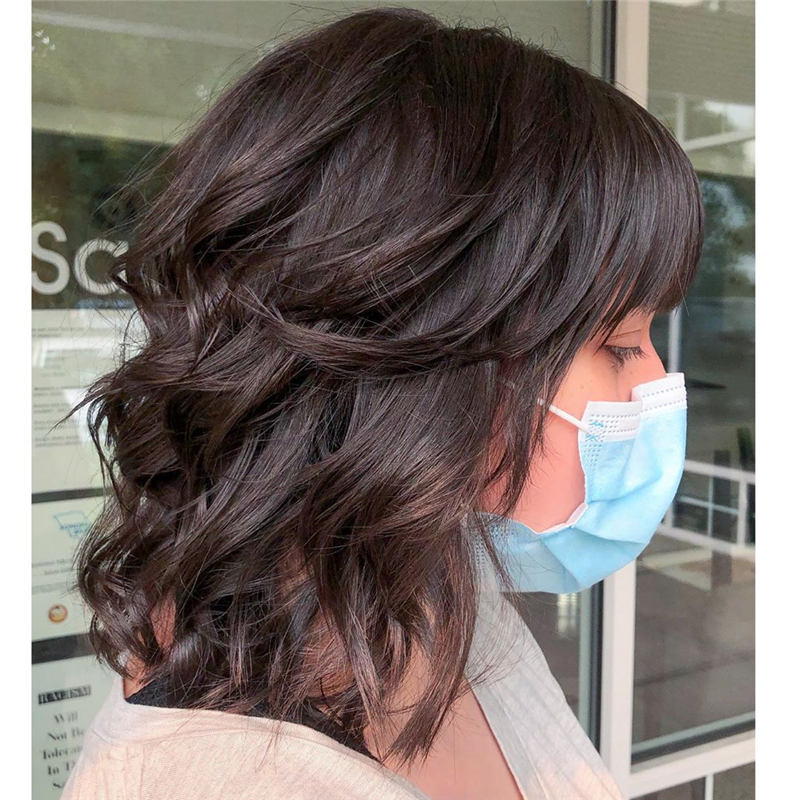 Stunning Short Haircuts for Women This Year 23