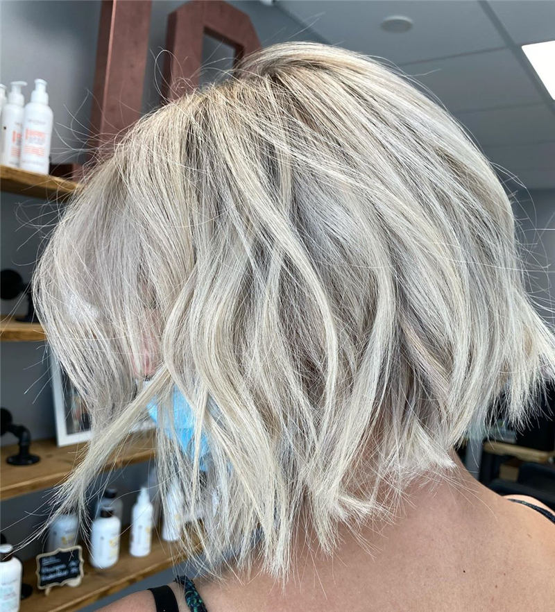Stunning Short Haircuts for Women This Year 55