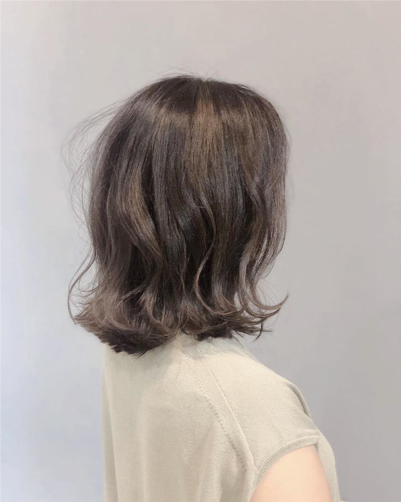 Stunning Short Haircuts for Women This Year 72
