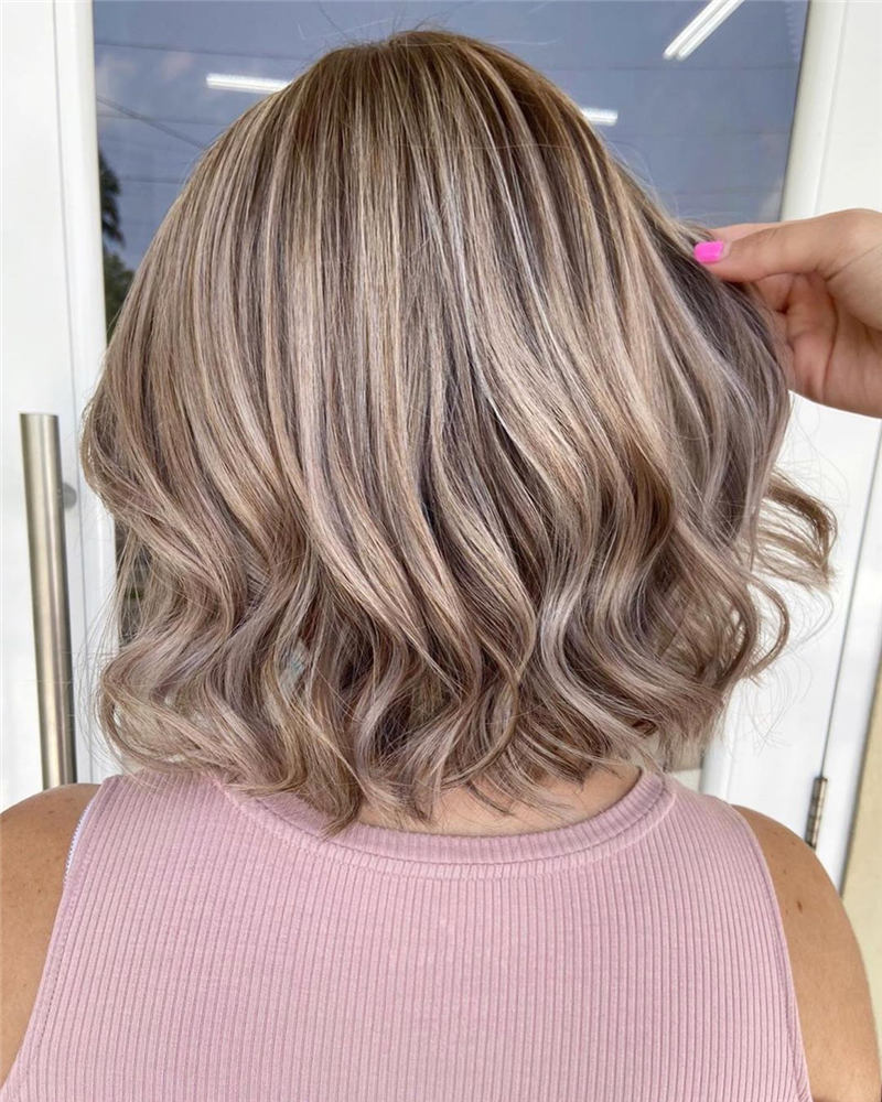 Stunning Short Haircuts for Women This Year 76