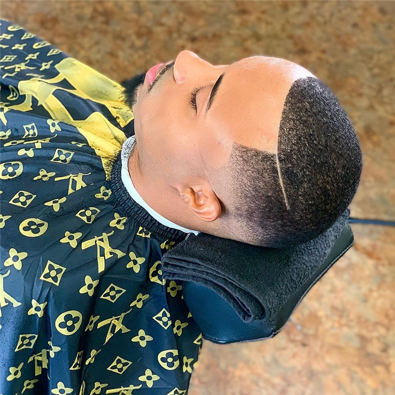 Stylish Fade Haircuts for Black Men 2021 03