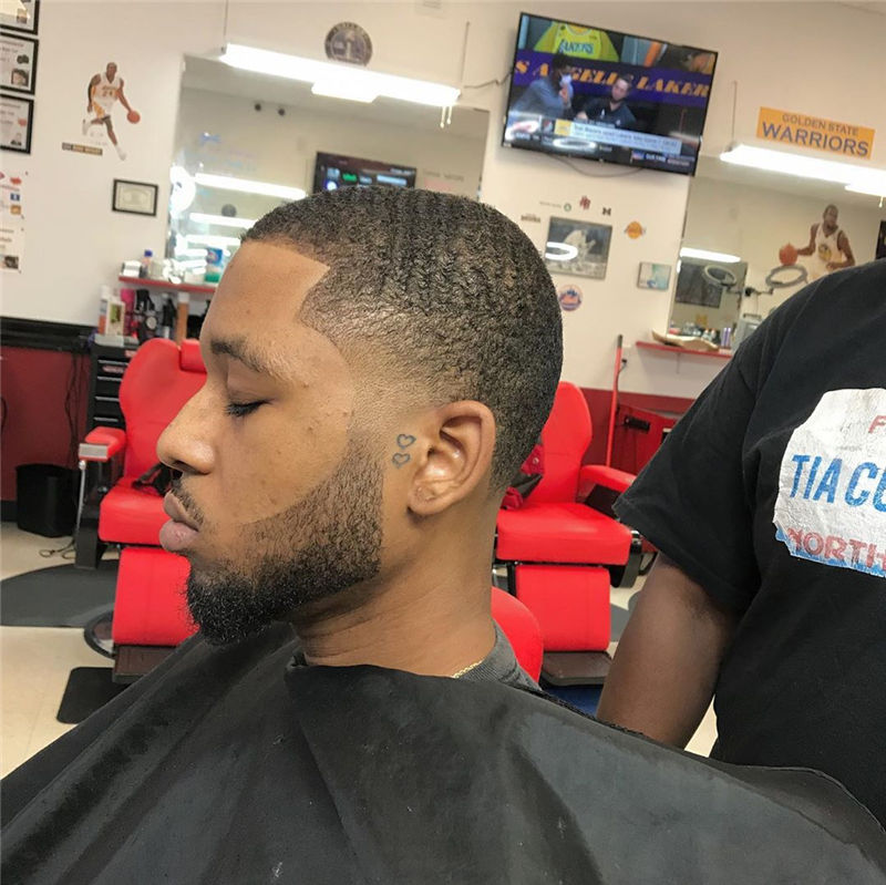 Stylish Fade Haircuts for Black Men 2021 29