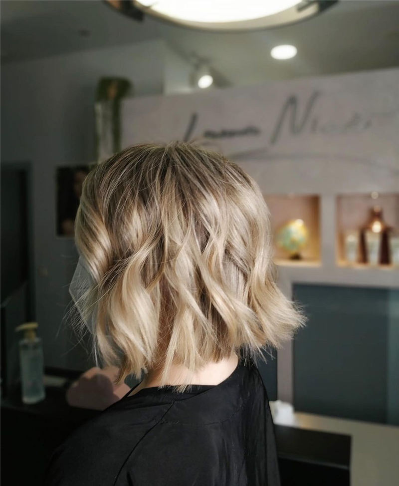 Amazing Blunt Bob Hairstyles Youd Love to Try in 2021 26