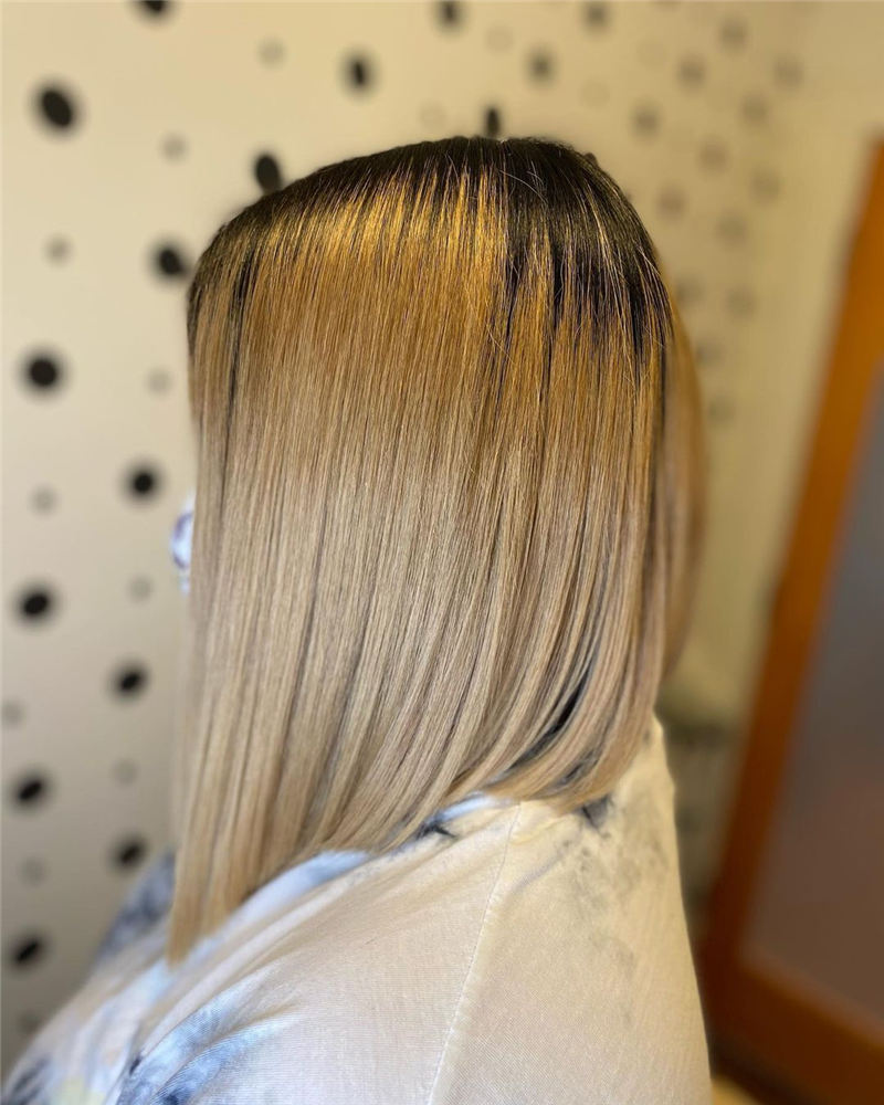 Amazing Blunt Bob Hairstyles Youd Love to Try in 2021 27