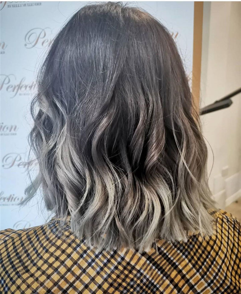 Amazing Blunt Bob Hairstyles Youd Love to Try in 2021 28