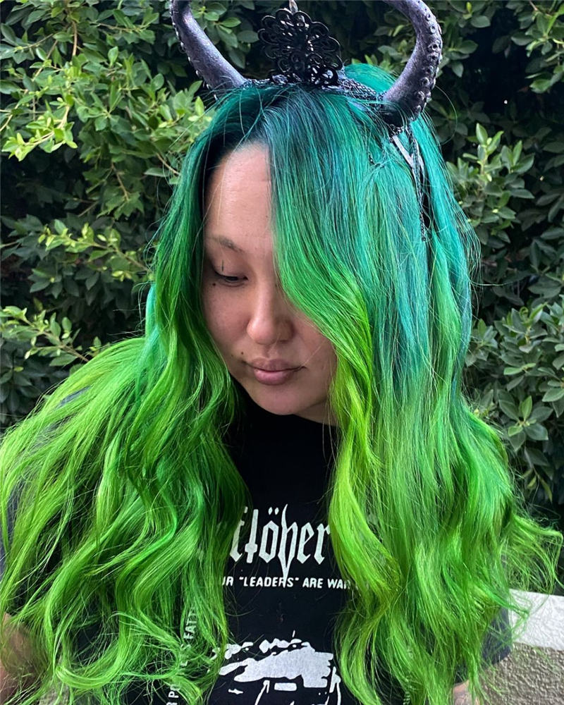 Gorgeous Halloween Hairstyles For Women in This Fall 37