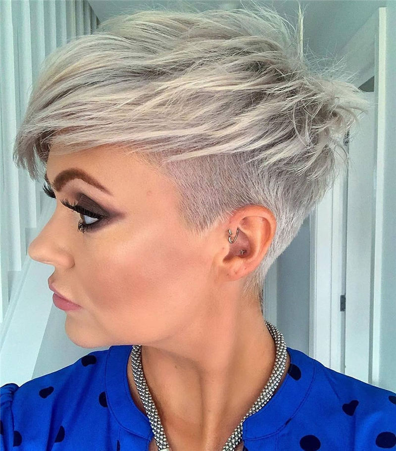 Sexy Simple Short Hairstyles for Women Over 40 08