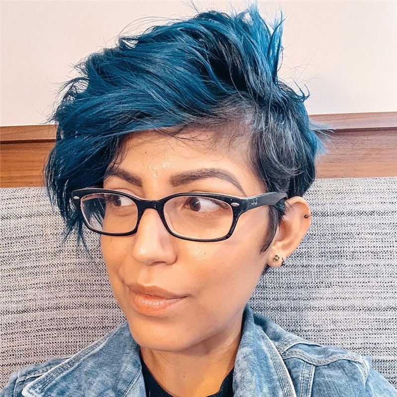 Short Blue Haircuts That Will Trend in 2021 04