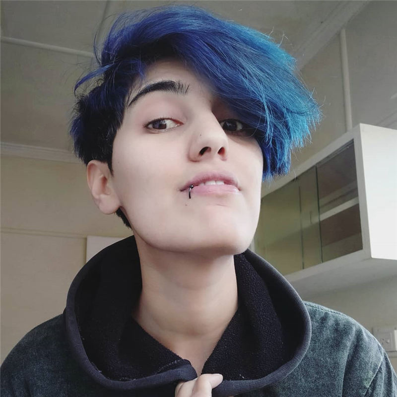 Short Blue Haircuts That Will Trend in 2021 12