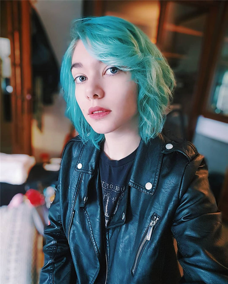 Short Blue Haircuts That Will Trend in 2021 22