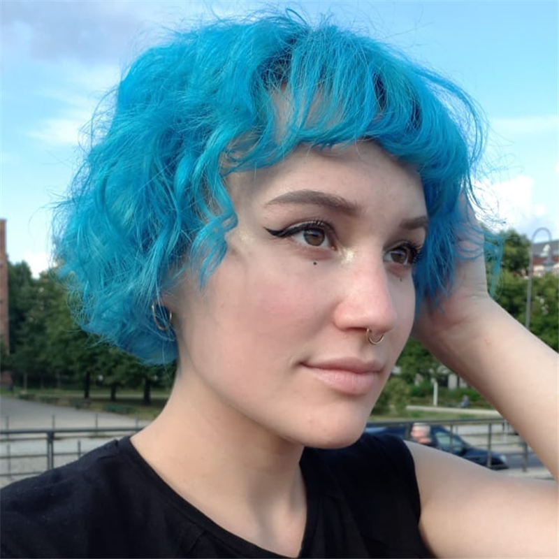Short Blue Haircuts That Will Trend in 2021 24