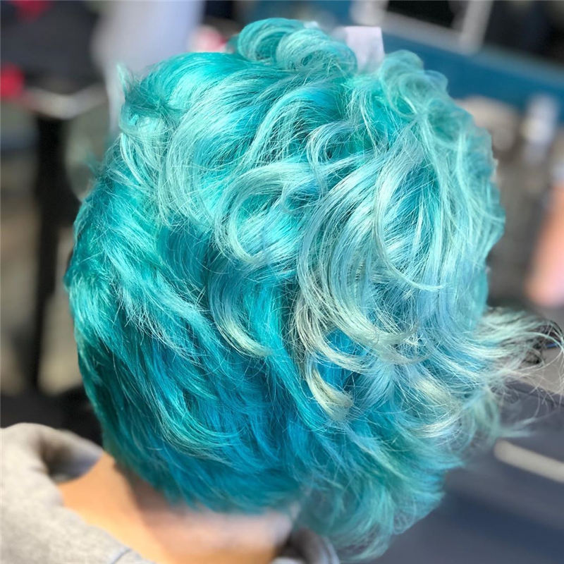 Short Blue Haircuts That Will Trend in 2021 32