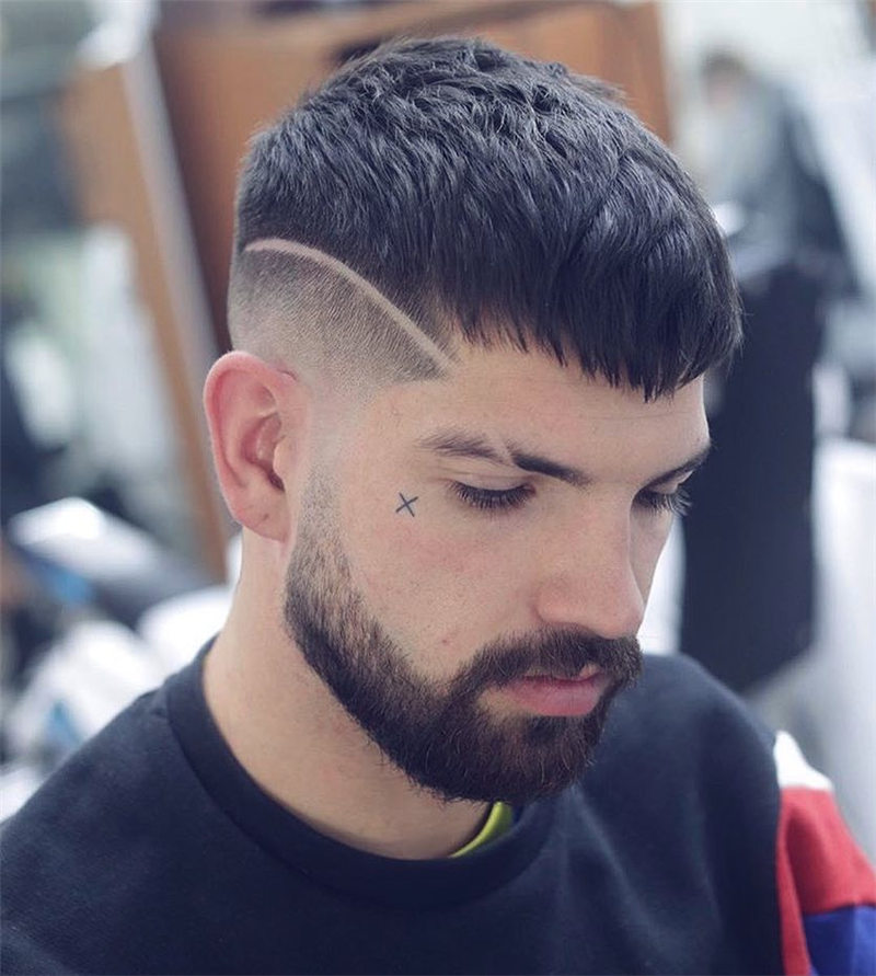 Coolest Short Haircuts for Men Most Popular Styles for 2021 21