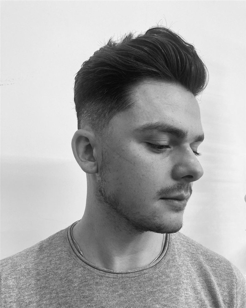 Coolest Short Haircuts for Men Most Popular Styles for 2021 24