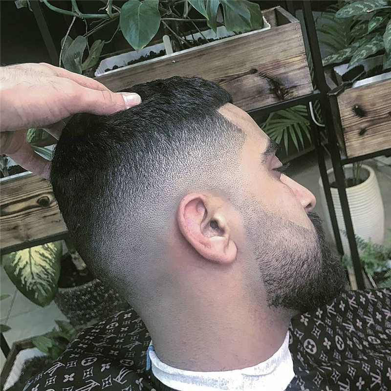 Coolest Short Haircuts for Men Most Popular Styles for 2021 26