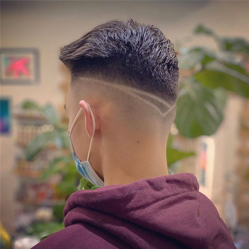 Coolest Short Haircuts for Men Most Popular Styles for 2021 32