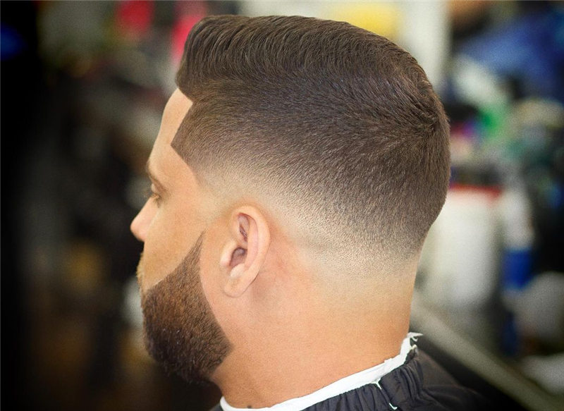 Coolest Short Haircuts for Men Most Popular Styles for 2021 35