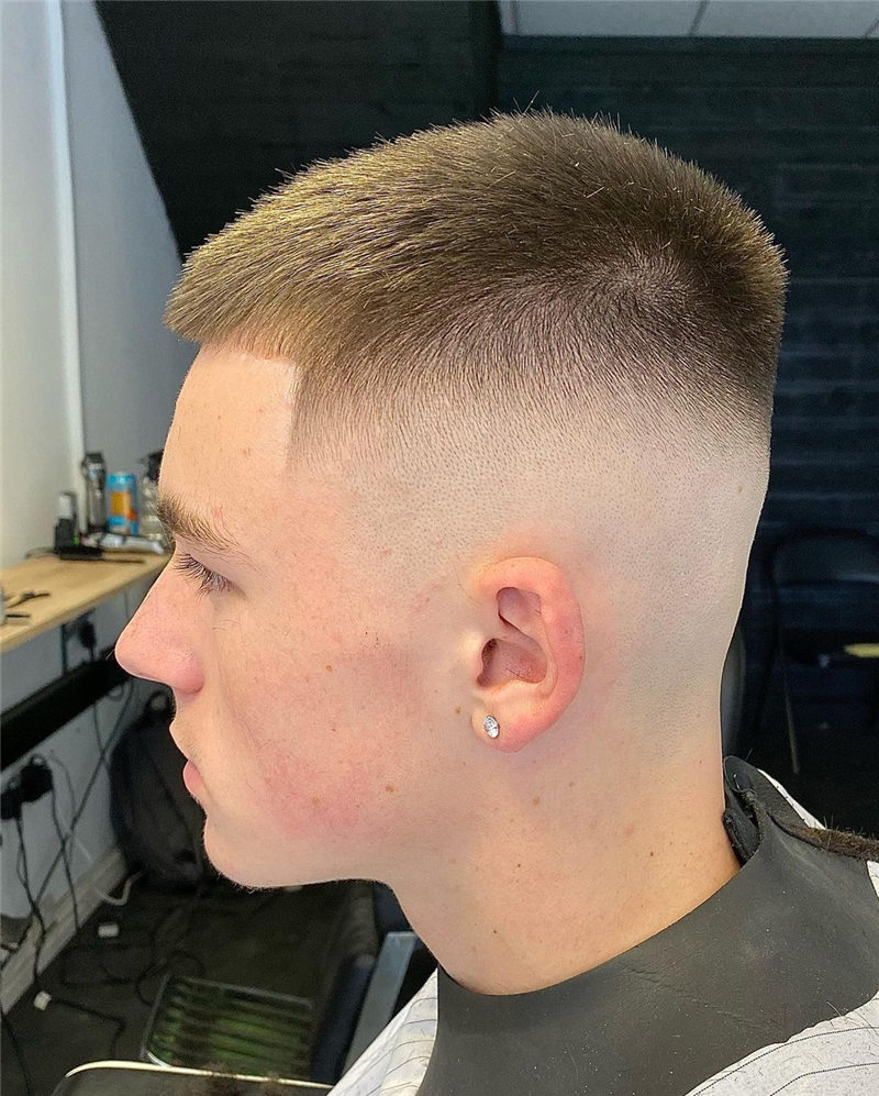 Coolest Short Haircuts for Men Most Popular Styles for 2021 36