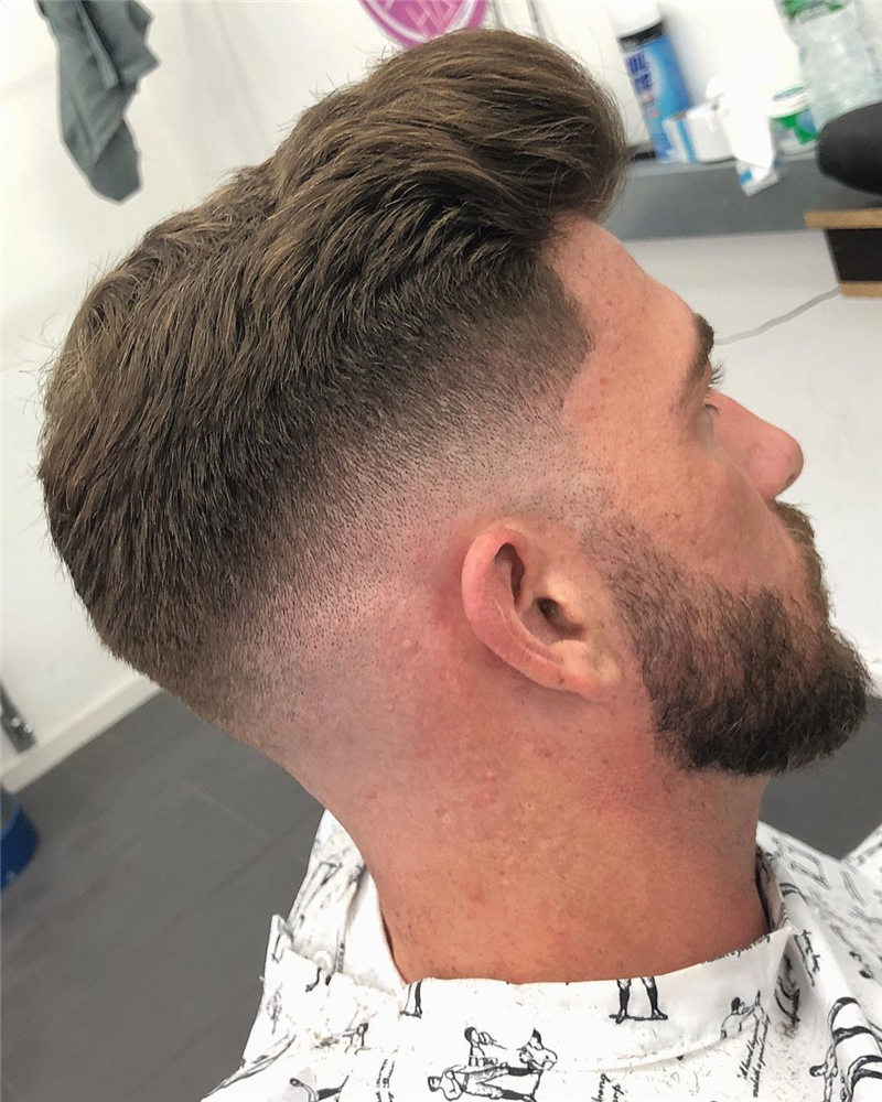 Coolest Short Haircuts for Men Most Popular Styles for 2021 37
