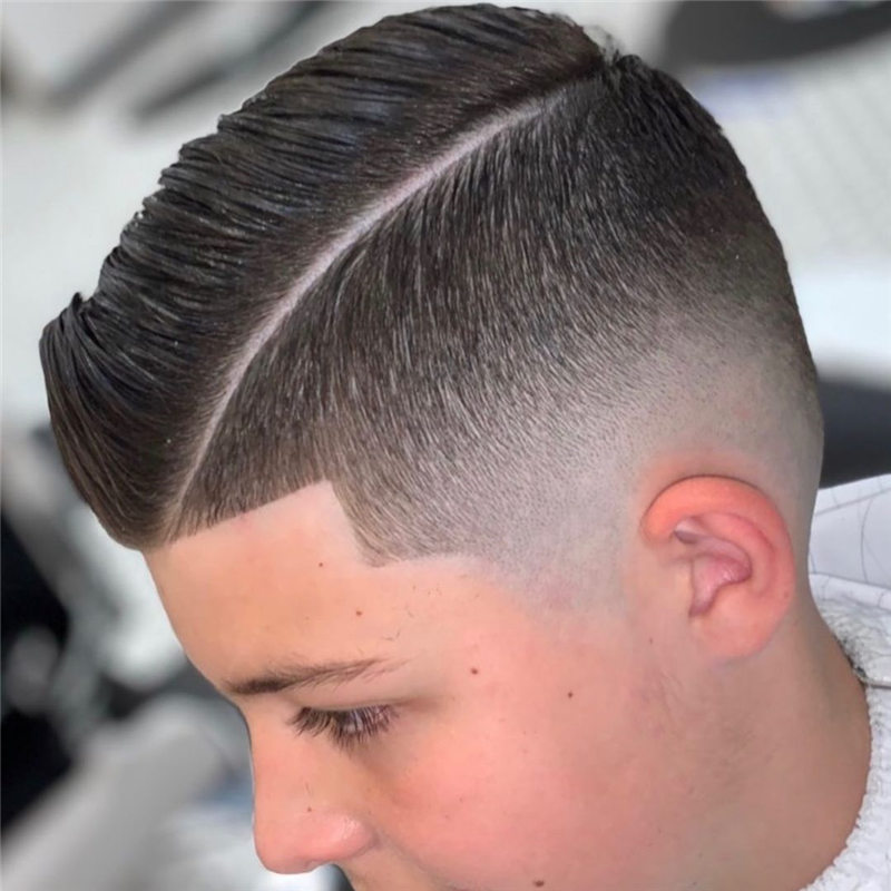 Coolest Short Haircuts for Men Most Popular Styles for 2021 43