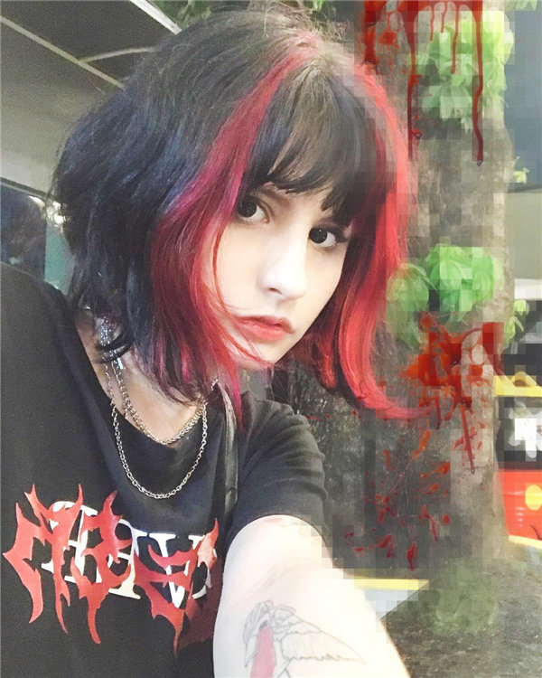 Soft Bob with Red and Black Color