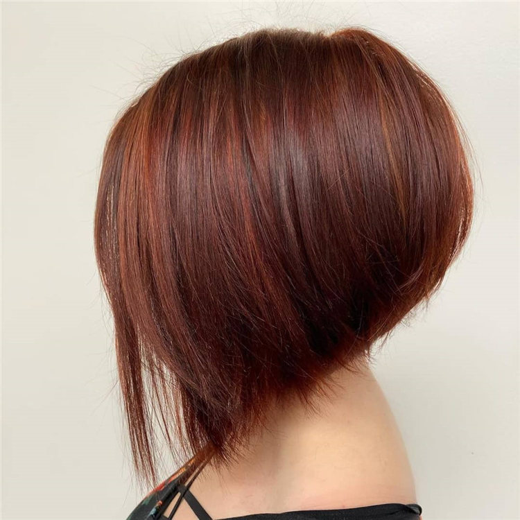 Incredible Short Inverted Bob Haircuts to Get You Inspired in 2021 02