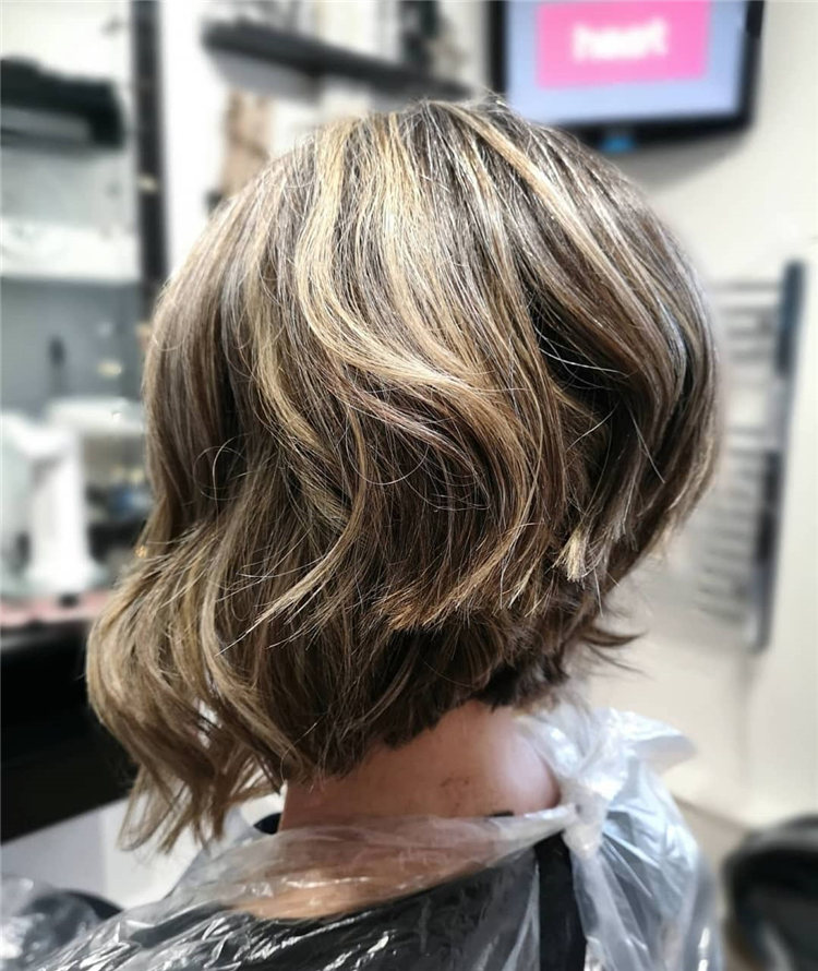 Incredible Short Inverted Bob Haircuts to Get You Inspired in 2021 03