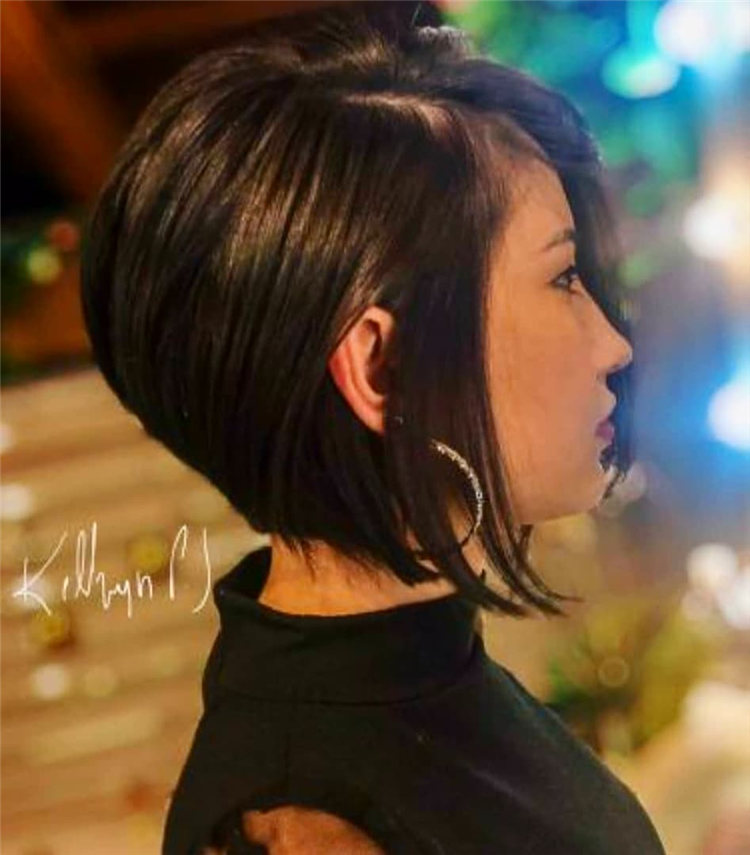 Incredible Short Inverted Bob Haircuts to Get You Inspired in 2021 06