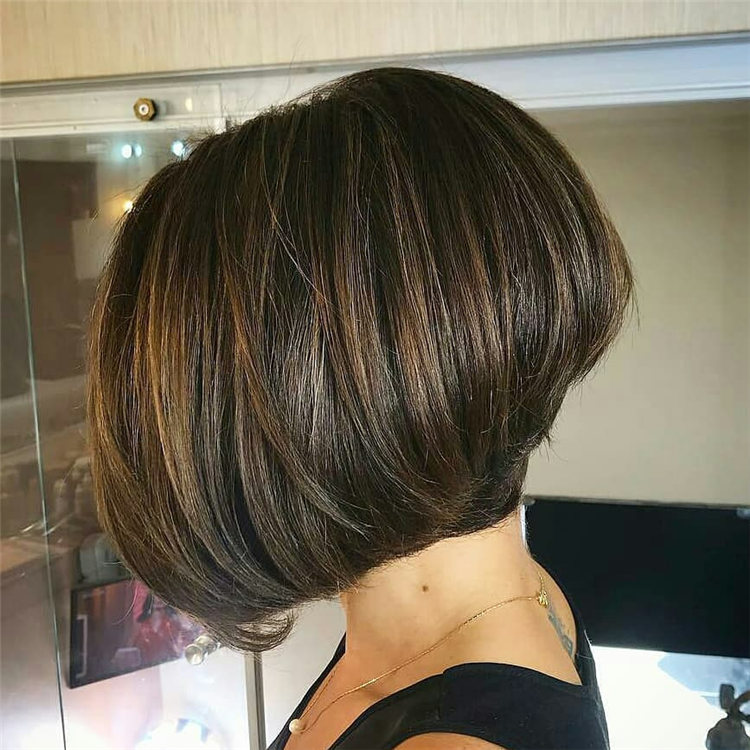 Incredible Short Inverted Bob Haircuts to Get You Inspired in 2021 17