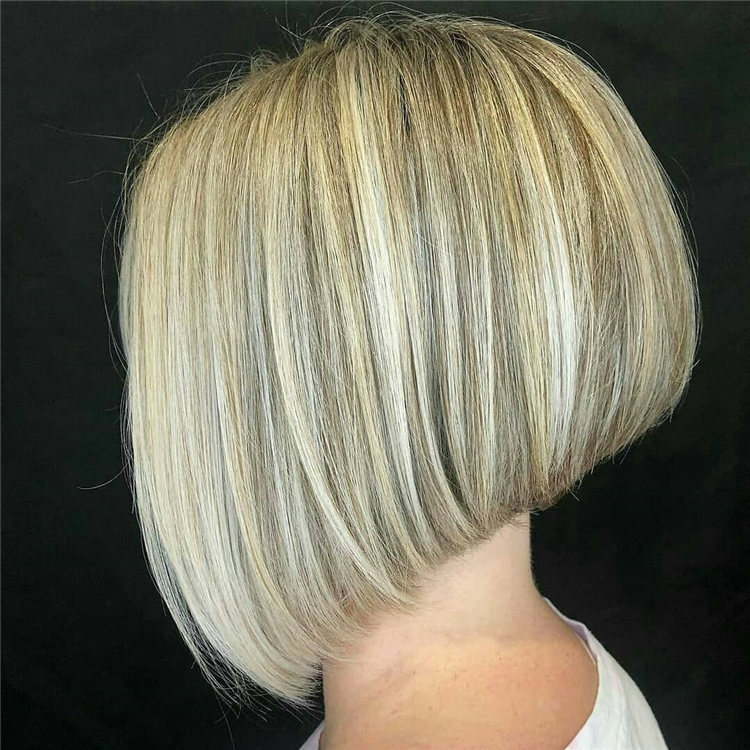 Incredible Short Inverted Bob Haircuts to Get You Inspired in 2021 20