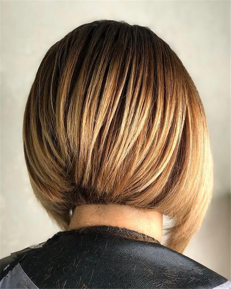 Incredible Short Inverted Bob Haircuts to Get You Inspired in 2021 24