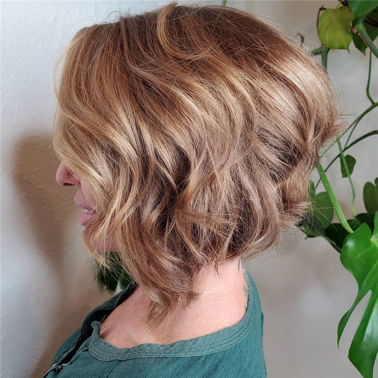 Incredible Short Inverted Bob Haircuts to Get You Inspired in 2021 28