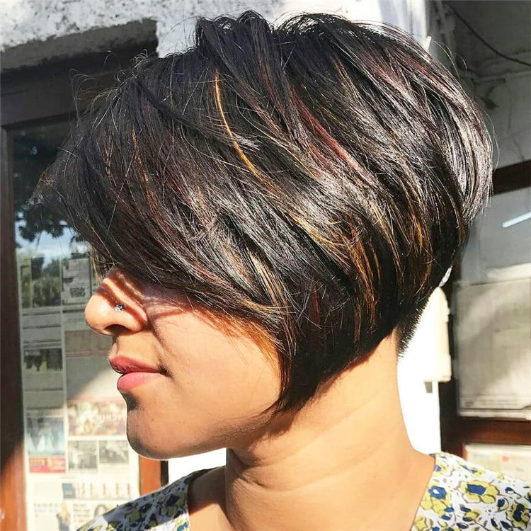 Incredible Short Inverted Bob Haircuts to Get You Inspired in 2021 30