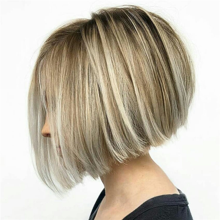 Incredible Short Inverted Bob Haircuts to Get You Inspired in 2021 32