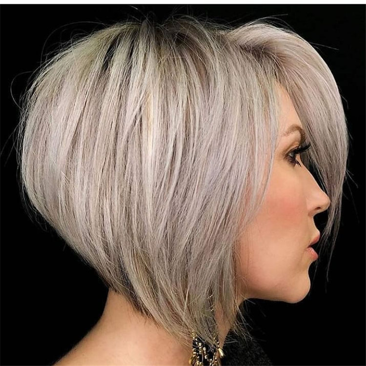 Incredible Short Inverted Bob Haircuts to Get You Inspired in 2021 34