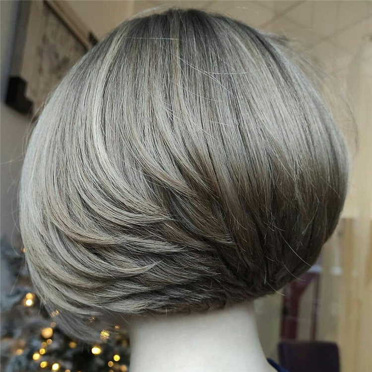 Incredible Short Inverted Bob Haircuts to Get You Inspired in 2021 36