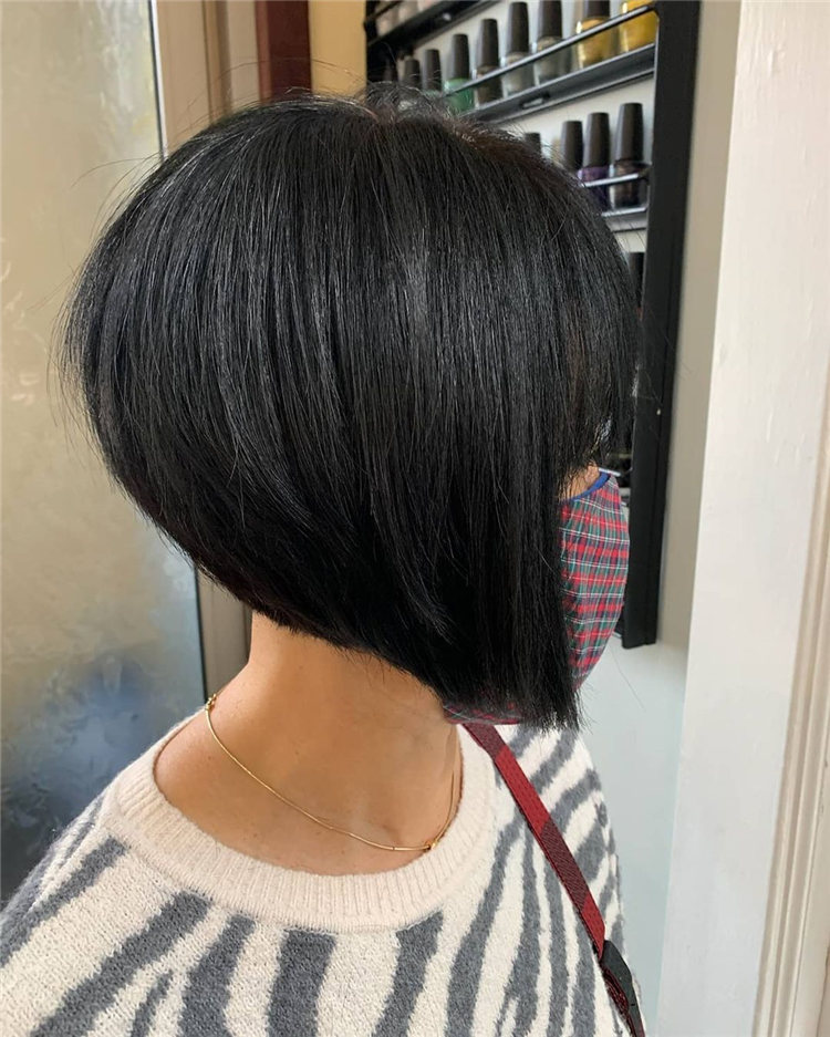 Incredible Short Inverted Bob Haircuts to Get You Inspired in 2021 37
