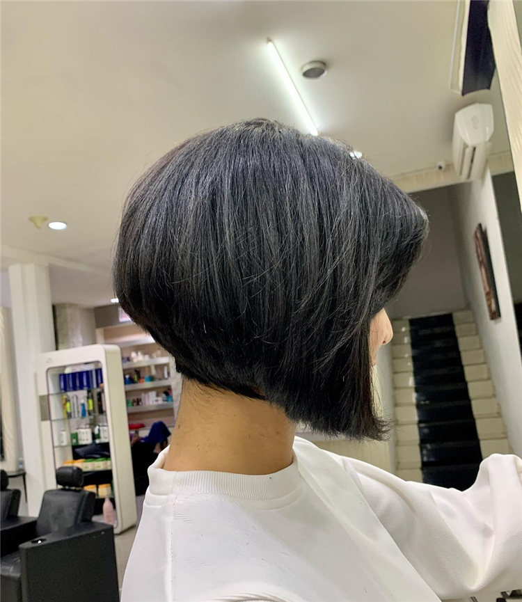 Incredible Short Inverted Bob Haircuts to Get You Inspired in 2021 43