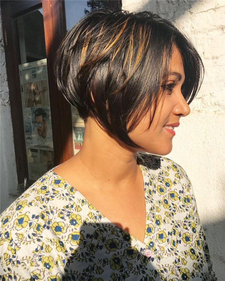 Incredible Short Inverted Bob Haircuts to Get You Inspired in 2021 45