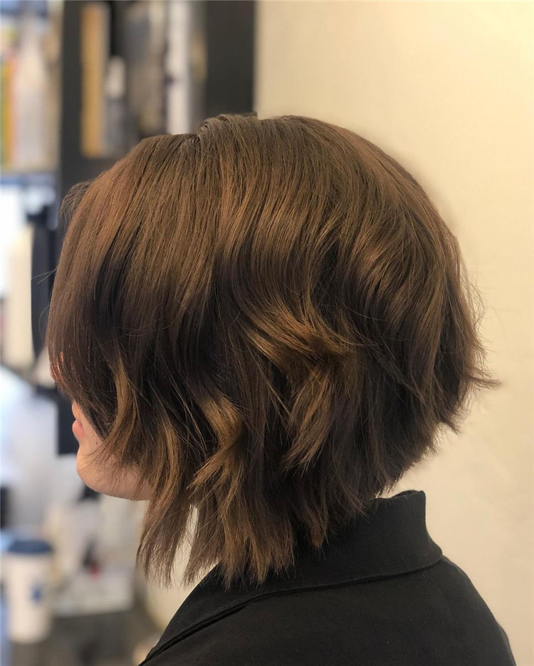 Cool Bob Haircut With Layers That You Must Try in 2021 01