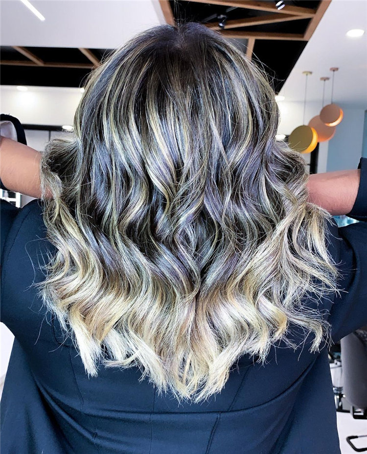 Cool Bob Haircut With Layers That You Must Try in 2021 03