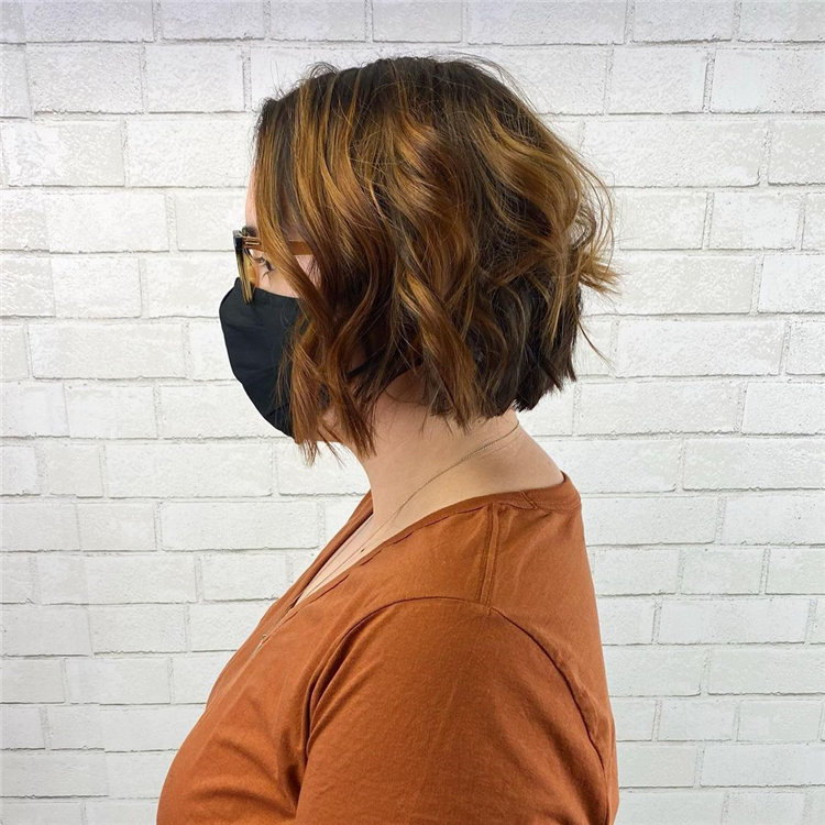 Cool Bob Haircut With Layers That You Must Try in 2021 06