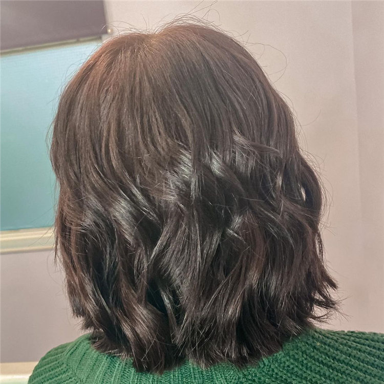 Cool Bob Haircut With Layers That You Must Try in 2021 08