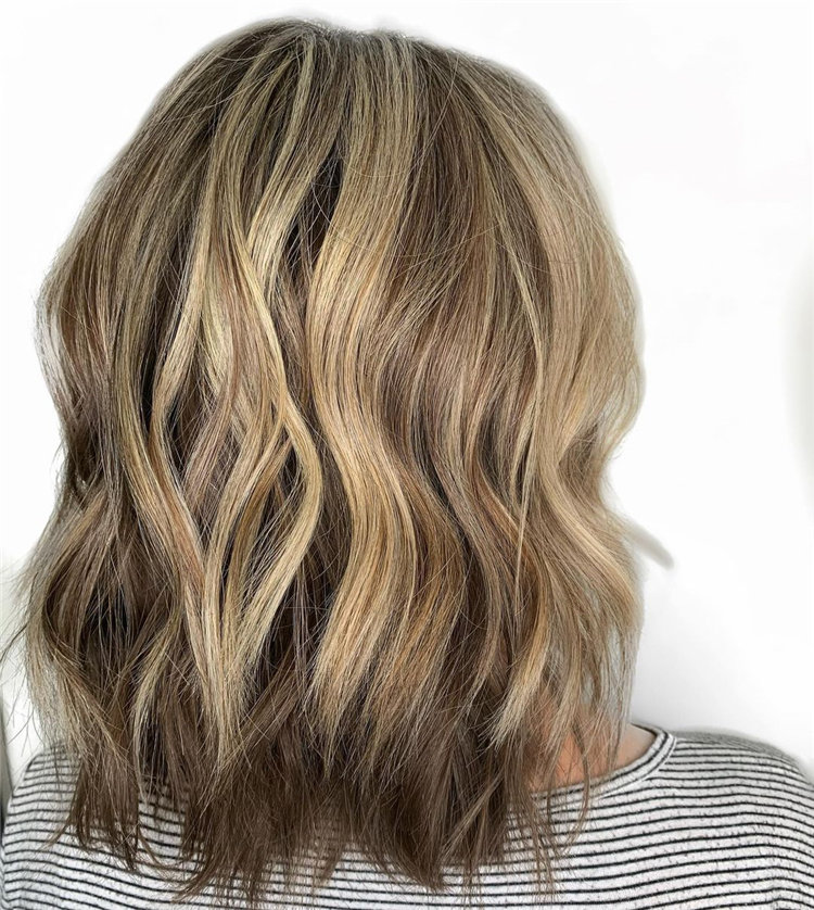 Cool Bob Haircut With Layers That You Must Try in 2021 09